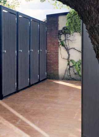 Wc pod in finitura black wood in location